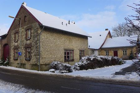 vakantiehuis heuvelland sneeuw